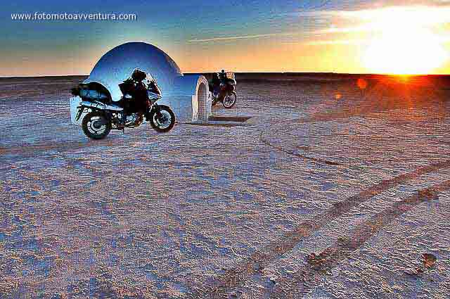 Chott el Jerid Binary Sunset Tunisia.jpg